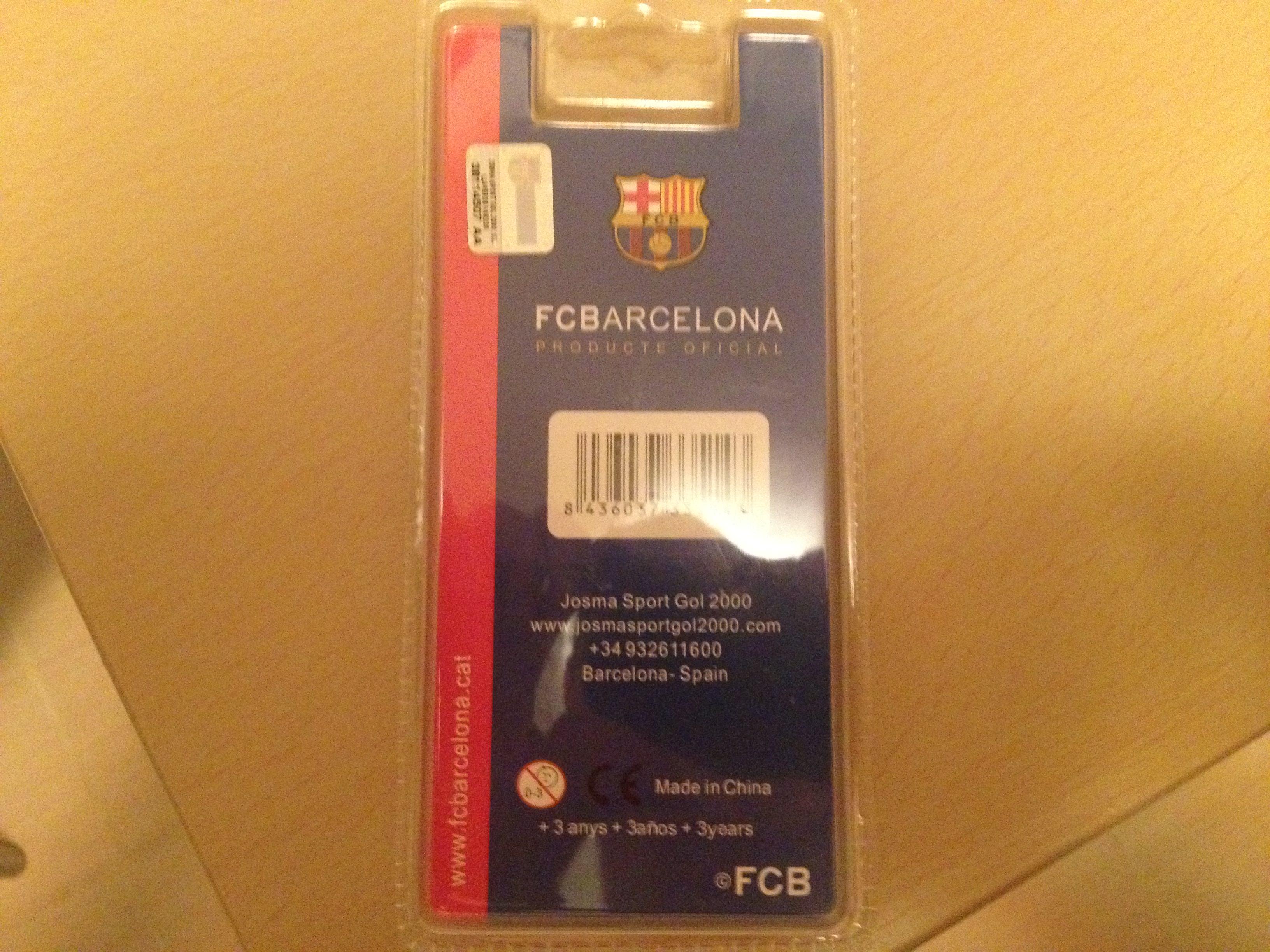 Breloc Barcelona ambalat spate