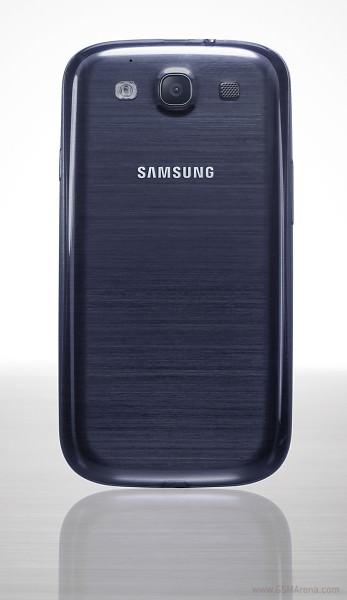 Samsung Galaxy S3 albastru spate