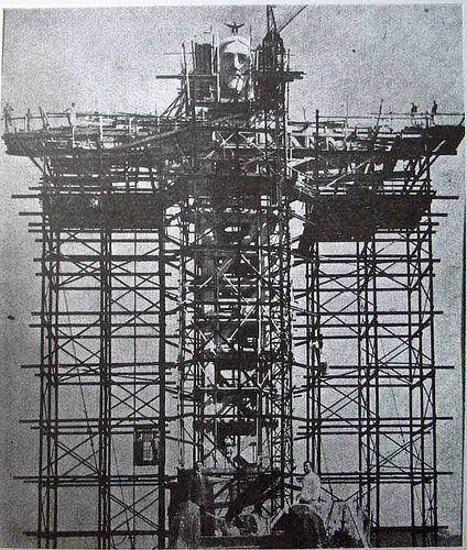 începuturile construcţiei statuii lui Cristos în Rio