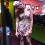 Costum zombie de Halloween