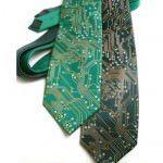 Cravata cu circuite