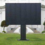Televizor foarte mare 15