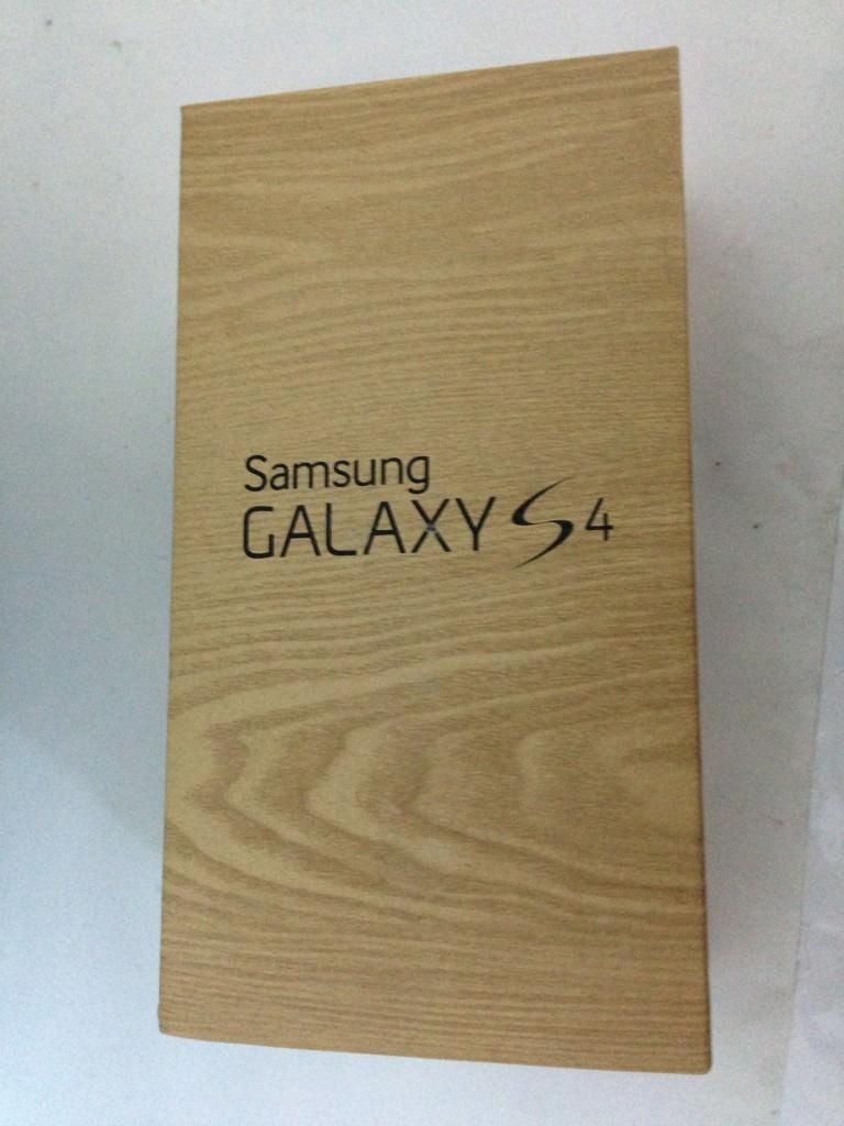 Cutie Samsung Galaxy S4