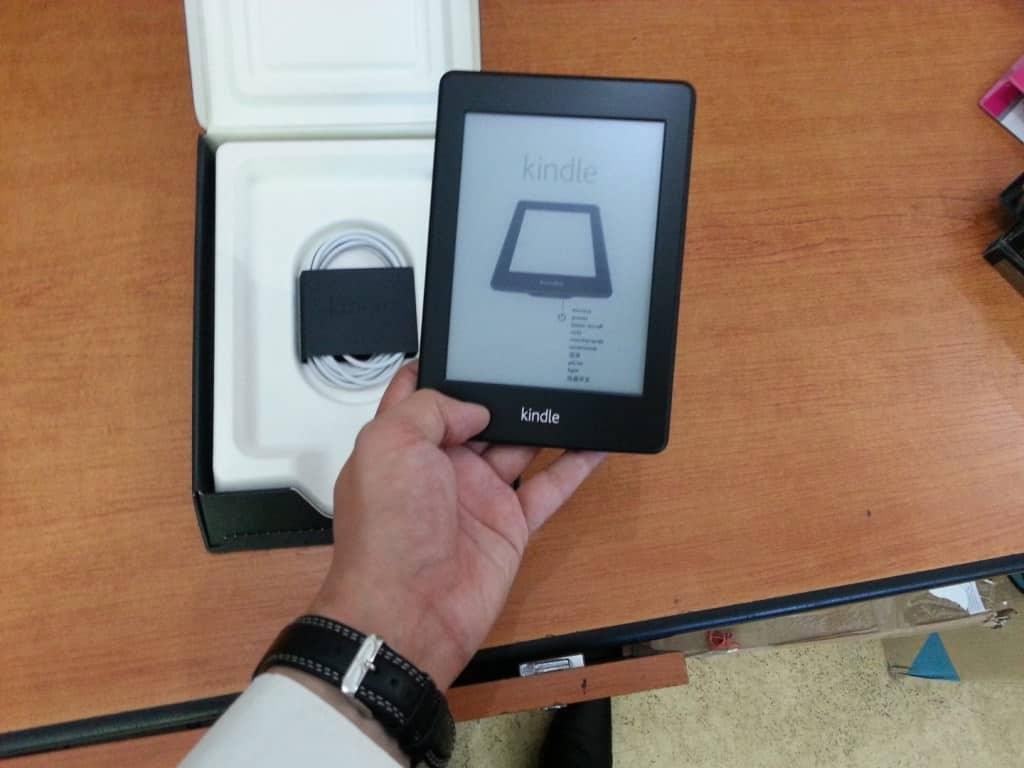 Vând eBook reader Kindle Paperwhite Wi-Fi