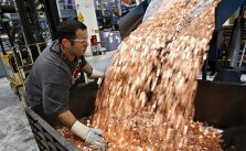 Samsung pais Apple in coins