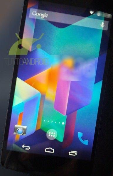 Nexus 5 e din ce în ce mai aproape