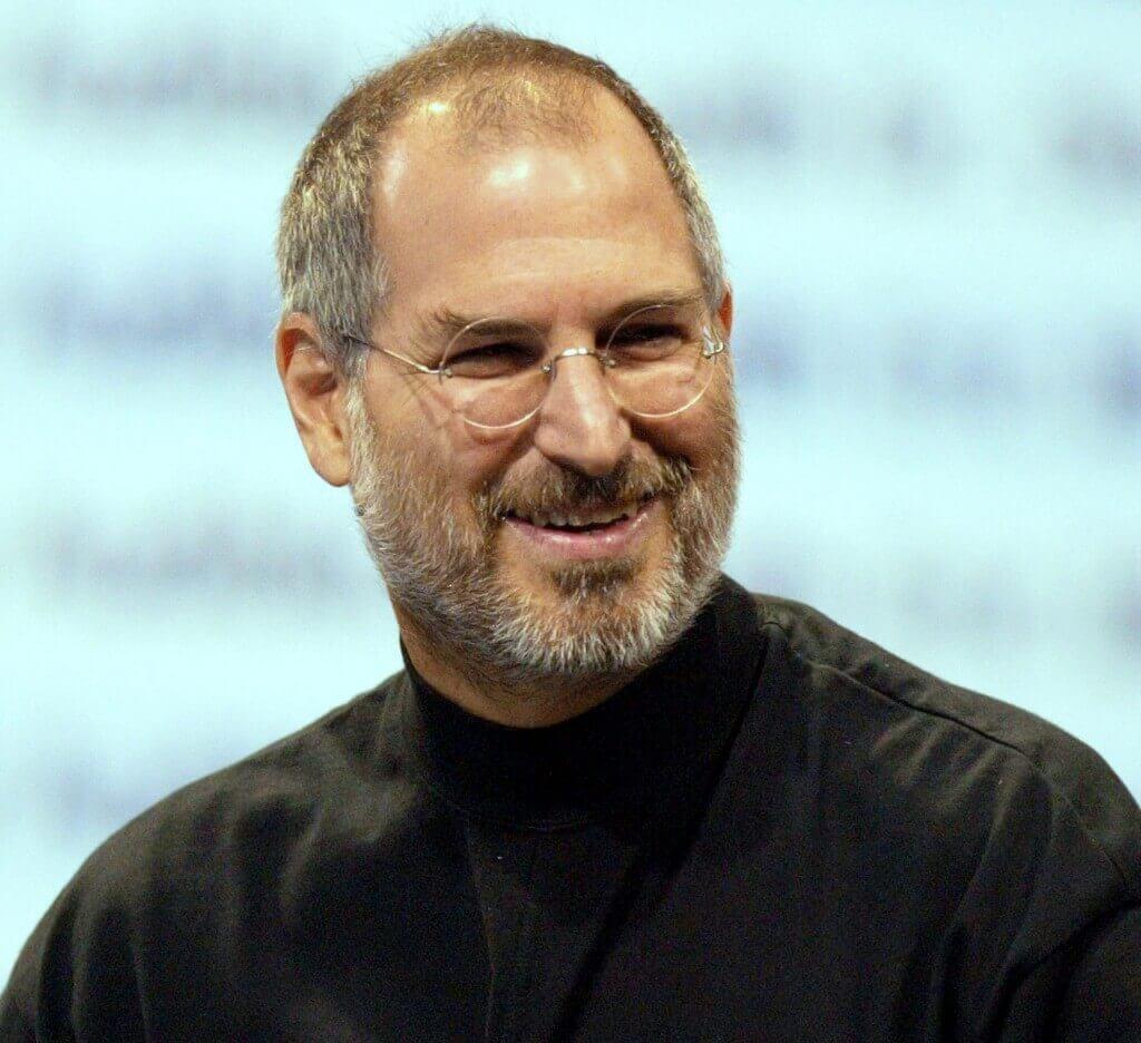 Steve Jobs ar fi împlinit 59 de ani