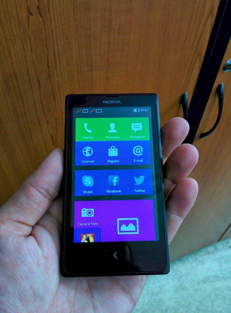 Primele impresii despre Nokia X, smartphone-ul lor cu Android