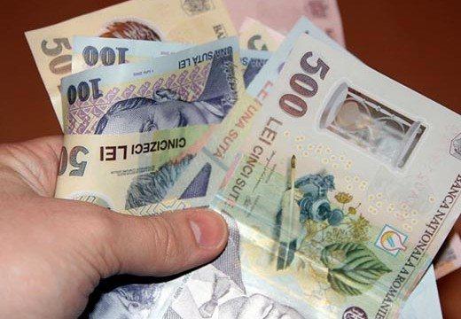 De unde are lumea bani