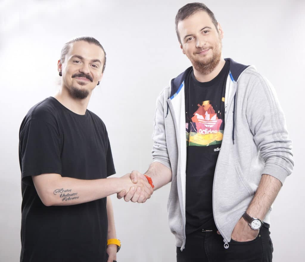 Voi da o sansa matinalului Kiss FM pentru ca de azi Sergiu, Andrei si Domnul Raul Gheba vor presta acolo
