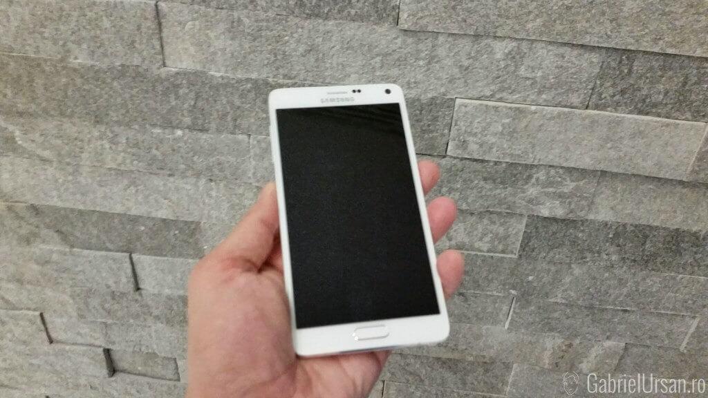 Samsung Galaxy Note 4 nu pare asa mare comparativ cu asteptarile mele