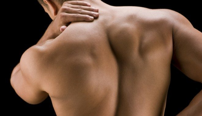 Cred ca incep sa am ceva probleme la coloana vertebrala. Ar trebui sa-mi iau un scaun bun?