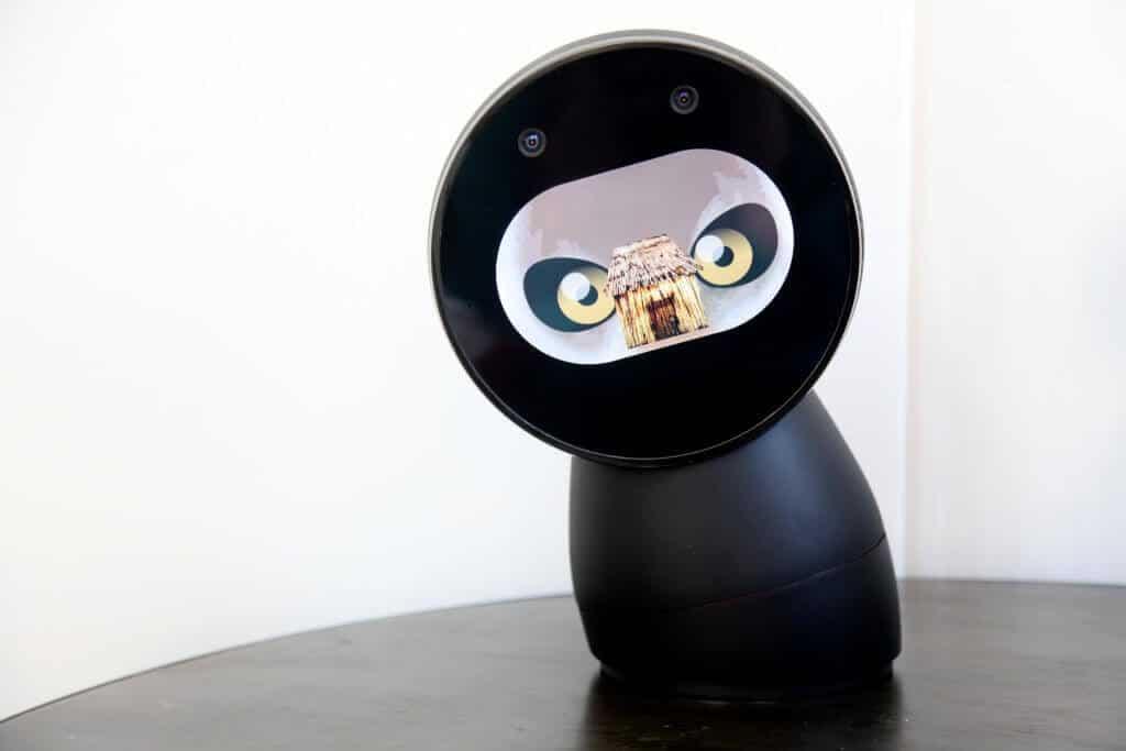 Ai da 500 de dolari pe robotul asta?