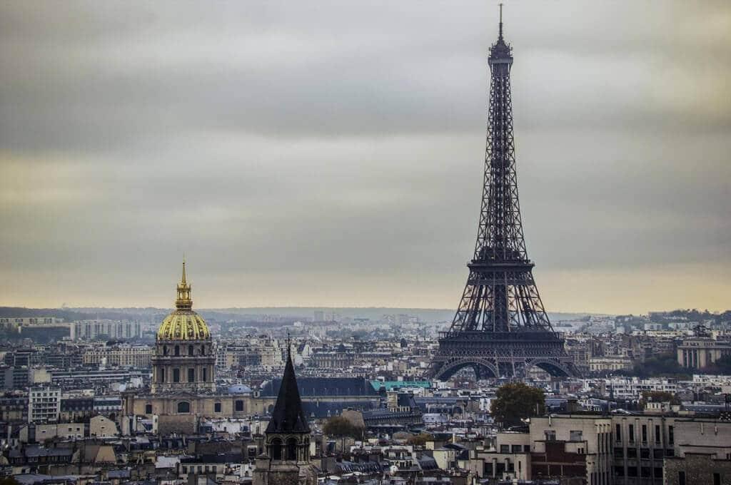 Si eu despre atentatele din Paris