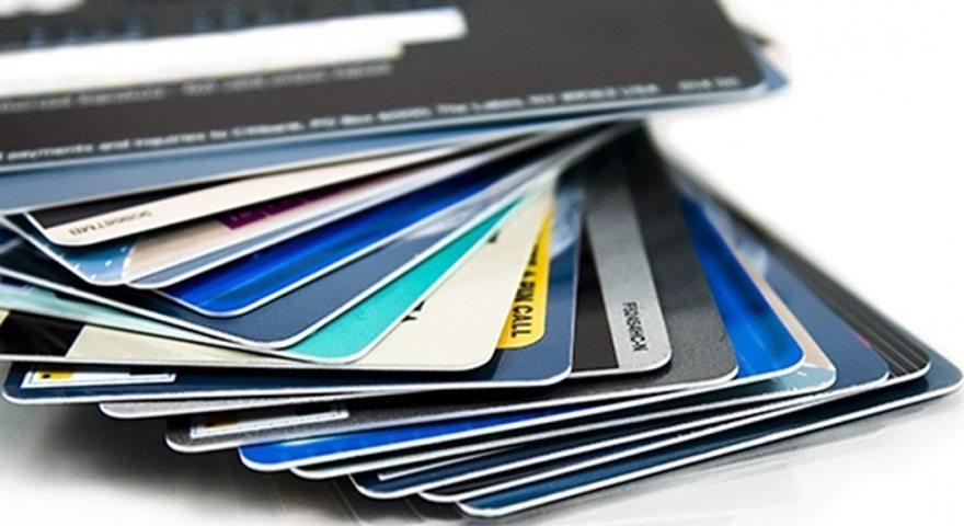 Cum iti protejezi cat de cat cardul de credit