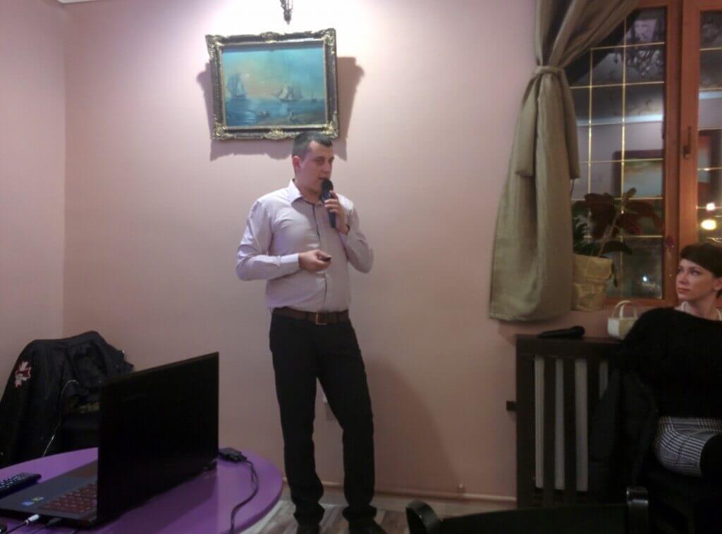 Am sustinut o prezentare despre tratamente corporale la Doors Bistro Cafe Galati