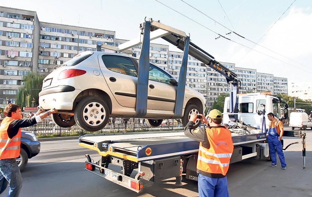 Legat de faptul că nu se mai pot ridica mașini parcate neregulamentar