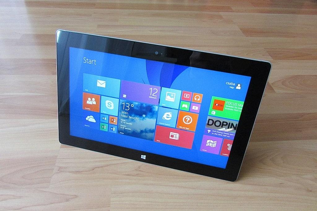 Soft cu care te întorci de la Windows 10 la Windows 8