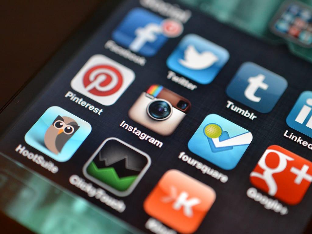 Cele mai descărcate aplicații mobile în România!