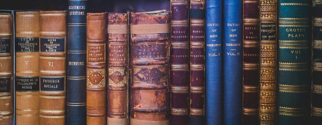 9 cărți despre vânzări care merită citite imediat