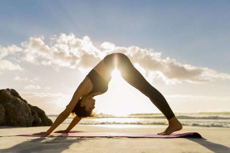 Yoga. Între necunoscut și entuziasmul (auto)descoperirii.